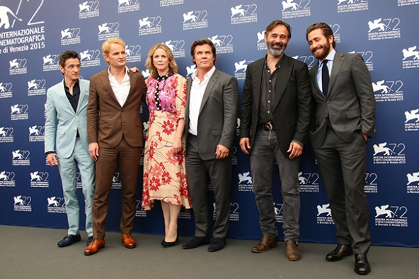 VENICE, ITALY - SEPTEMBER 02: John Hawkes, Jason Clarke, Emily Watson, Josh Brolin, Baltasar Kormakur and Jake Gyllenhaal attend the 'Everest' photocall during the 72nd Venice Film Festival on September 2, 2015 in Venice, Italy. (Photo by Vittorio Zunino Celotto/Getty Images)